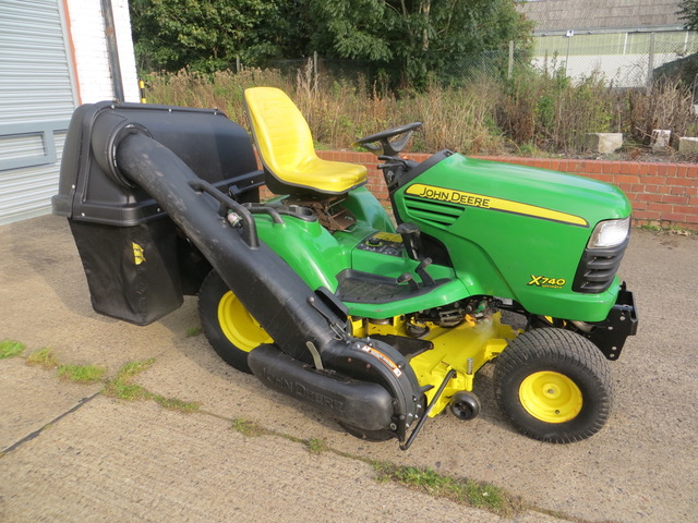 New and Used JOHN DEERE X740 DIESEL RIDE ON MOWER for sale across England, Scotland & Wales.