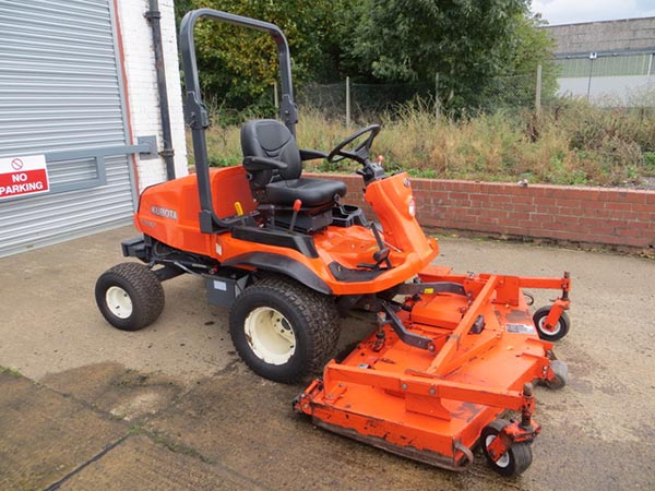 New and Used KUBOTA G18 Groundcare Machinery, compact tractors and ride mowers near me.