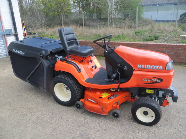 Used KUBOTA G21E  2015 21HP 48 DECK LOW TIP GRASS BOX 300 HRS Groundcare Machinery, compact tractors and ride mowers near me.